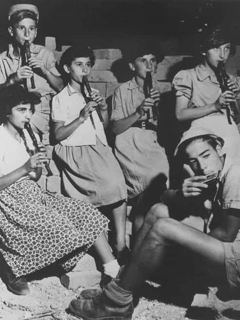 Beit Zeirot Mizrachi (BZM), the first vocational high school for girls in Palestine, opens in Jerusalem