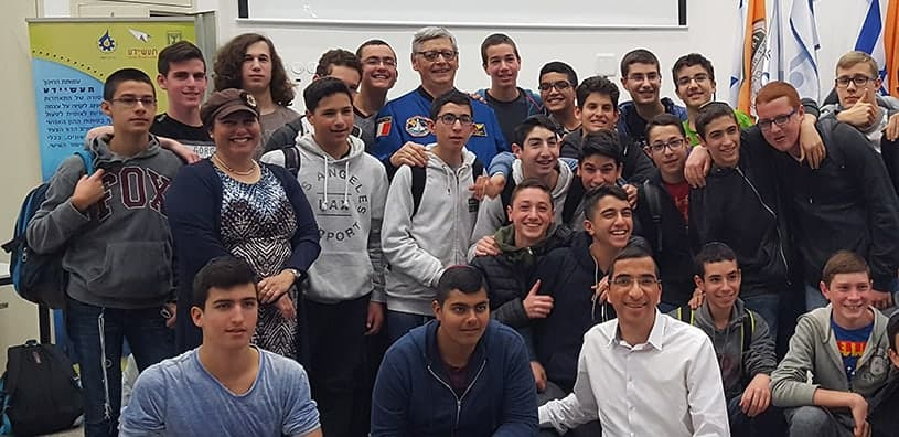 "NASA Astronaut to Yeshivat AMIT Amichai Students: ""With perseverance you can reach space"""