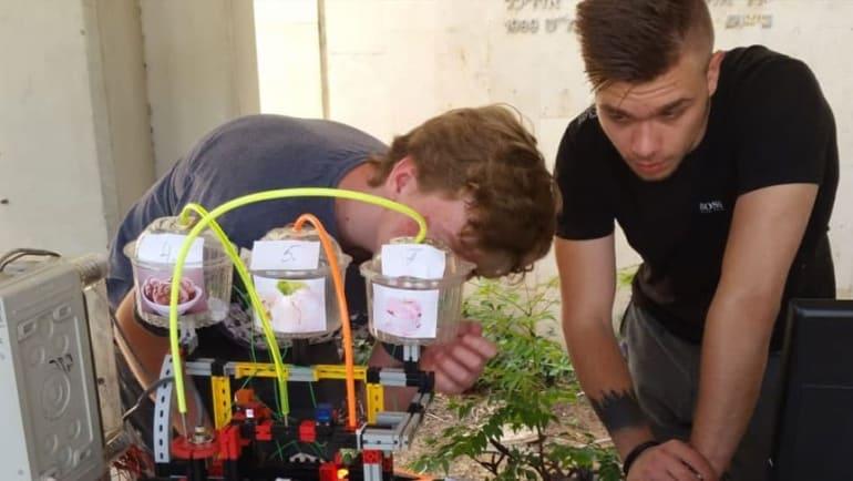 AMIT HaOfek students take No. 2 spot at Tel Aviv University competition